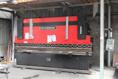 天卓工厂—自动化锻压机床