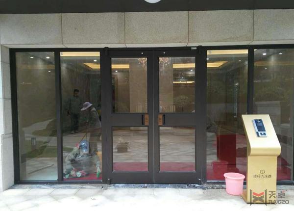 玻璃单元门