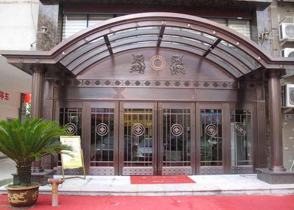 地产玻璃铜门