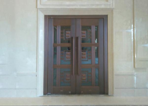 办公楼玻璃铜门