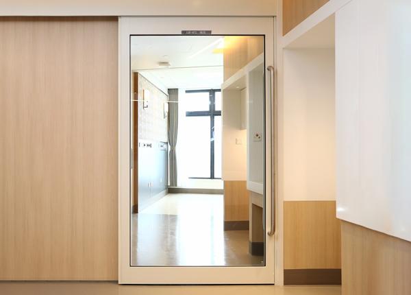 磁悬浮玻璃门