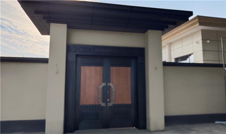 西安庭院别墅中式豪华铜门