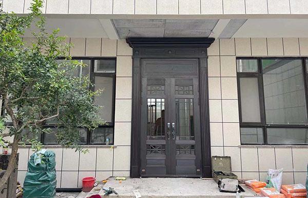 渭南蒲城农村别墅铜门,带推拉纱网门